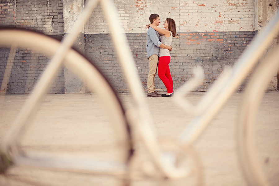 Deep Ellum Dallas Engagement Photo ideas and locations